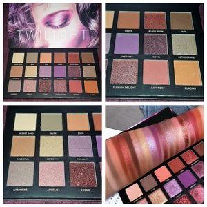 UCANBE Twilight and Dusk Palette #01